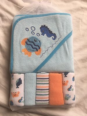 Baby Hooded Towel & Washcloth Gift Set Boys Shower Ocean Blue Orange Summer