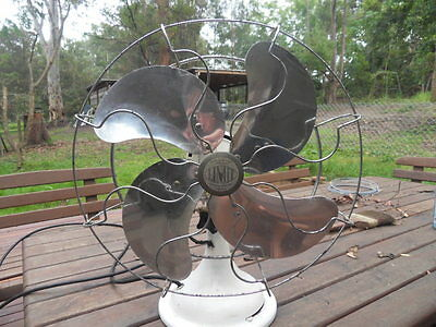 VINTAGE LIMIT large 3 Speed Oscillating Fan in Good Working Condition