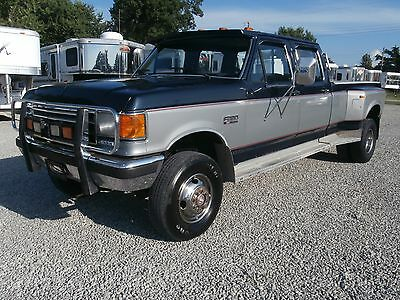 1989 Ford F-350 XLT 1989  Ford F-350 CREW CAB DUALLY 7.3 DIESEL 4-WHEEL DRIVE 5-SPEED HARD TO FIND