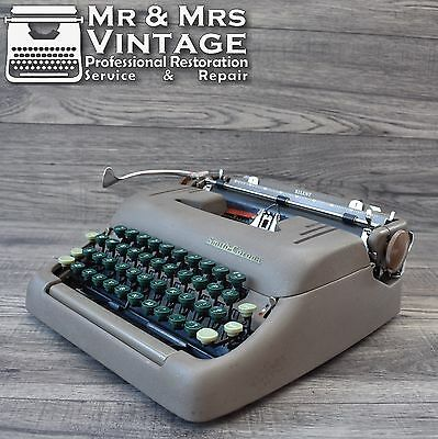 Serviced Smith Corona Silent Italic Typewriter Black Red Ribbon Special Font