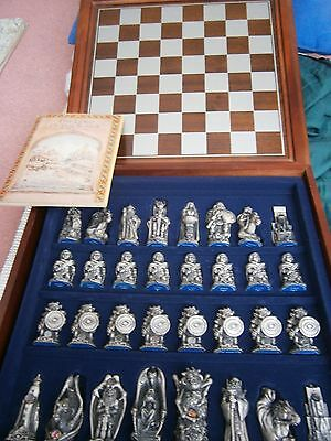 Danbury Mint Lord Of The Rings Chess Set