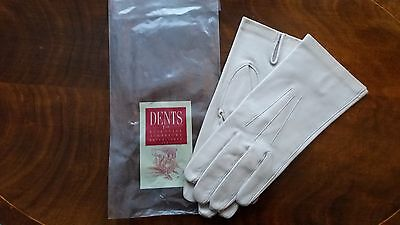 Dents Gloves - A Pair Of Cream Leather Unlined Gloves. Women's Size 8