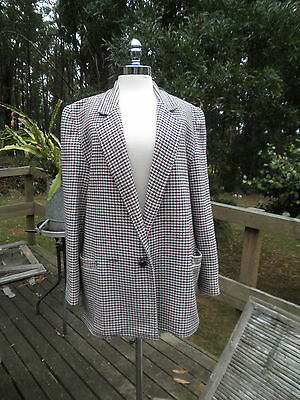 Great vintage wool check ladies lined  jacket...... size 12