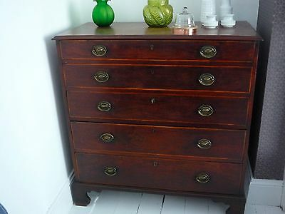 Lovely Georgian mahogany chest of draws with key and working locks on each draw