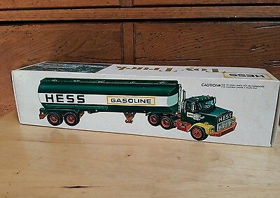 Vintage 1978 Hess Tanker Truck in Box Card & Inserts Excellent