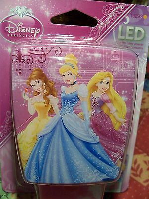 Disney Princess Cinderella Belle Led Automatic Night Light Turns on at Dusk New