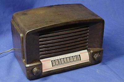 General Electric Am table radio