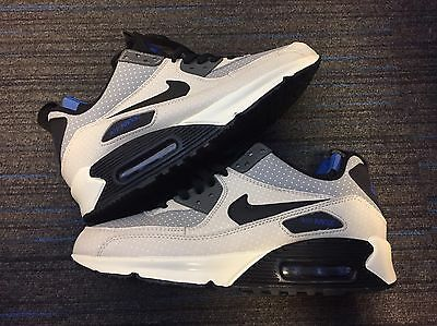 Men's Nike Air Max 90 Size 8.5 UK - Brand New - Utility Boot