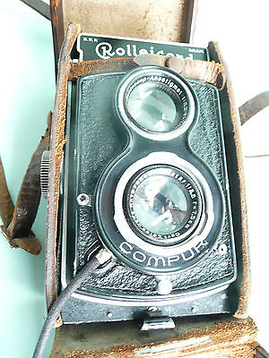 1930's Rolleicord Type 2 camera and case..................ref.10100