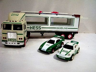 1997 Hess Truck with 2 Racers