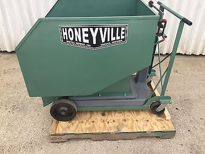 Honeyville Bulk Feed Weigh Wagon. 1000 Pound Capacity