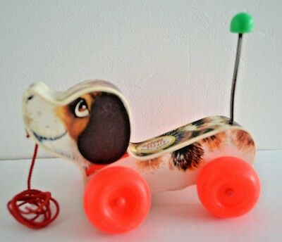 Vintage Fisher Price LITTLE SNOOPY Beagle Dog Classic Wood Pull Toy 2034