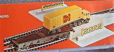 LIMA 963 HO Scale Container Unloading Depot Boxed