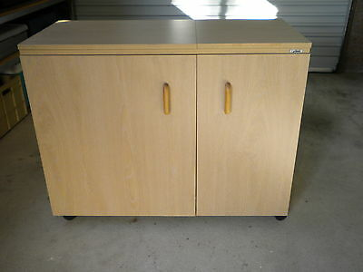Horn Sewing machine Cabinet