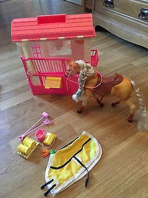 Barbie Toy Walking Moving Horse Pony And Stable Playset