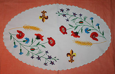 Large Vintage Embroidered Doily/centre Piece Scalloped Edge - Bright Colours