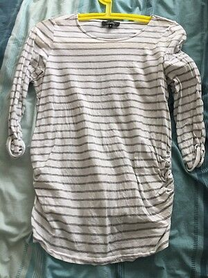 Maternity New Look Size 10 Grey/ White Top