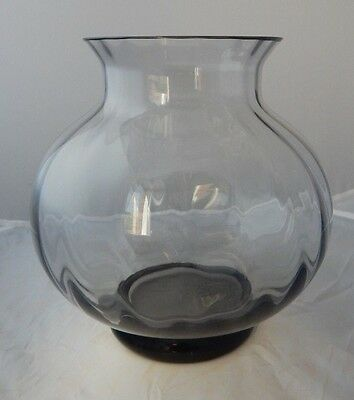 Vintage Wedgewood Glass Orson Midnight Optic Vase - Frank Thrower FTJ5/3