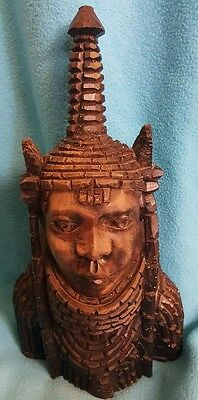 wood statue head - African art from Benin