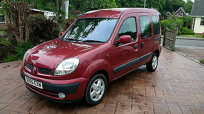 Renault Kangoo 1.6 16V wheelchair accessible vehicle AUTOMATIC