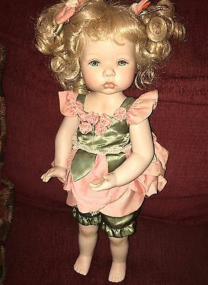 Show Stoppers Porcelain Doll 239/5000 Blonde Hair Aqua Eyes Dolls
