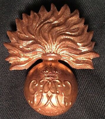 WWII GRENADIER GUARDS Canada cap badge WW2 Canadian hat brass