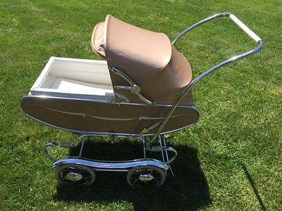 Vintage 1960 Gendron Baby Pram Carriage in mint cond, all original