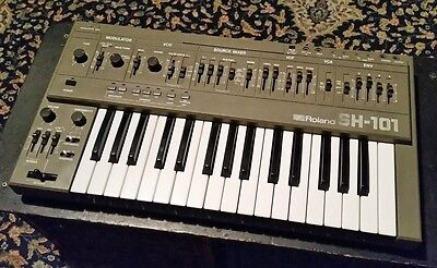 Roland SH-101 Vintage Monophonic Analogue Synthesiser Synth Exc Condition