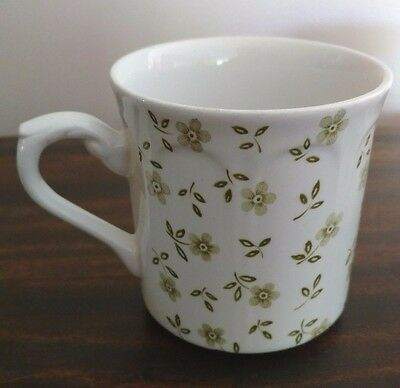 J & G Meakin England Two Coffee Mugs White with Green Flowers Porcelain Cups​