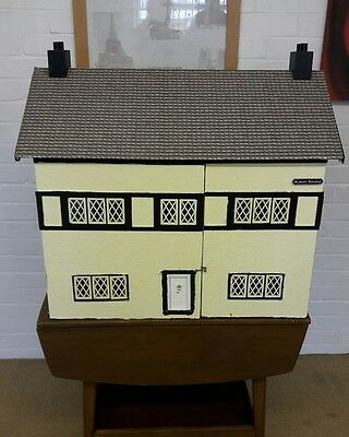 Large Vintage Dolls House 12Th Scale- In Need Of Some Updating