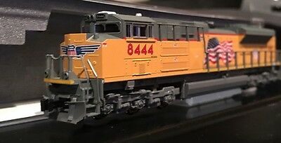 New Mint KATO N scale Union Pacific Flag #8444, EMD SD70ACe Diesel Loco