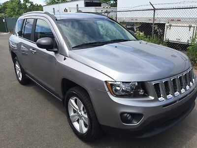2016 Jeep Compass  Jeep Compass LOW MILES ford chevy 4wd AWD