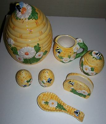 6 PC Pottery Bee Hive Bees Flowers VTG Kitchen Accessories Set Cookie Jar & More