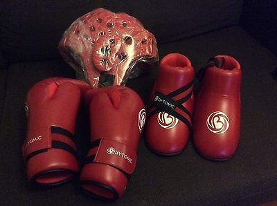 Bytomic taekwondo sparring gear ( head, hand and foot guards). Size: small