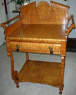Antique 19th C. SOLID Curly Tiger Maple 1-Drawer Washstand Highly Figured c1840