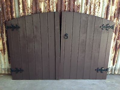 Timber Gates With Decorative Hinges 1950w X 1340h