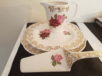 Vintage Lord Nelsonn 1930's cake set