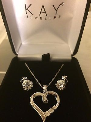 Kay Jewelers Diamond Valentines Day Necklace + Earrings Perfect Open Heart Zales