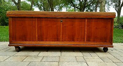 Lane Cedar Blanket Chest Trunk storage bench Mid Century arts & crafts/mission