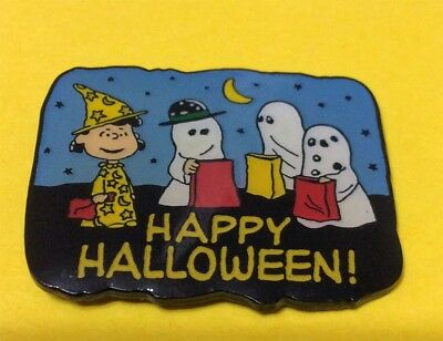 Peanuts Lucy & Gang Happy Halloween Pin