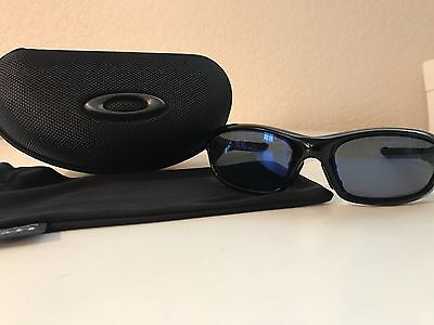 Oakley Polarized Straight Jacket Asian Fit Black Polished Frame W/ Blue Lens