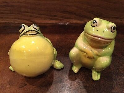 Lot of 2 Vintage Toad Frog Figurines Croaking Sitting Green