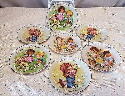 Gorgeous Vintage Avon Mother's Day 1980's Display Plates X7 Collection .