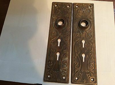ANTIQUE CAST BRASS VICTORIAN DOOR BACKPLATE With two Skeleton Key Holes
