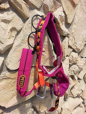 (m)  Petzl  harness with 2 carabiners and stuff sack