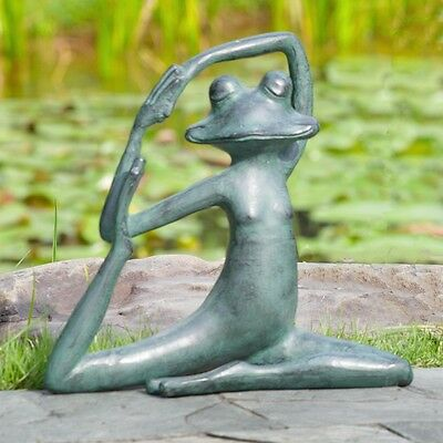 Relaxed Yoga Frog Garden Decor Sculpture Aluminum Lawn Ornament,14'' X 13''H