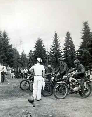 """1950's Motorcycle Race at the starting line Triumph 8""""x 10"""" Photo 62"""