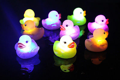 Hot  Baby Kids Bath Bathing Duck Funny Multi Color Changing Flashing LED Toy
