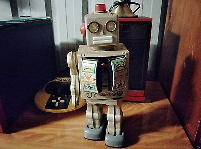 Retro Toy Robot Battery Operated