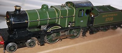 Hornby Series O Gauge C/w Special Loco And Tender In Southern Railways Livery